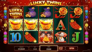 Lucky Twins φρουτάκι
